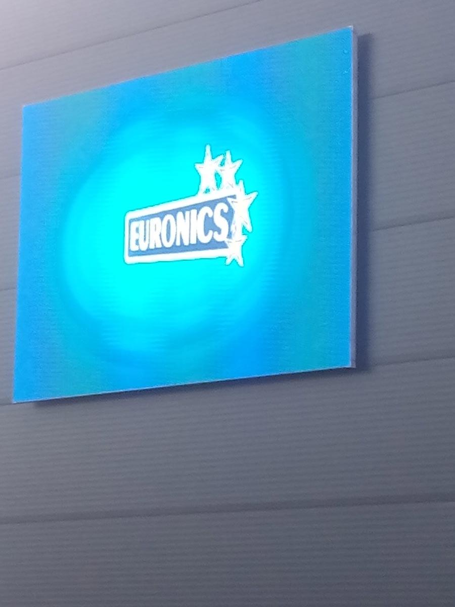 Euronics 25 m2-es LED fal Zalaegerszeg